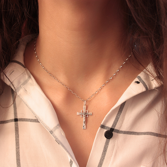 Тонкий серебряный крест Вера на основе геометричной формы с чернением 000087724 000087724