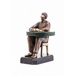 Бронзовая скульптура Звезда покера с холодной эмалью, позолотой и мраморной столешницей