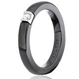 Кольцо из черной керамики Орвокки с серебром и фианитом