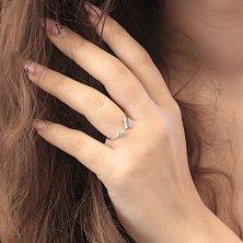 Серебряное родированное кольцо Герда с разомкнутой шинкой и завальцованным фианитом в стиле Картье