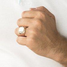 Золотой перстень-печатка Статус с фактурной шинкой