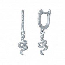 Серебряные серьги-подвески Шустрая змейка с белыми фианитами