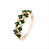 Золотое кольцо Паулина с изумрудами и бриллиантами