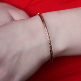Жесткий браслет из красного золота Индри с алмазной гранью