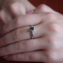 Золотое кольцо Виолетта в белом цвете с сапфиром и бриллантами