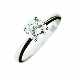 Золотое кольцо с бриллиантом Сюзон