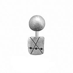 Серебряная серьга-джекет Джаз с эффектом царапин и тремя черными фианитами