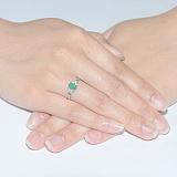 Серебряное кольцо Нюша с изумрудом и фианитами