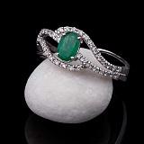 Золотое кольцо Мелисента с изумрудом и бриллиантами