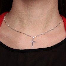 Крестик в белом золоте Гармония с бриллиантом