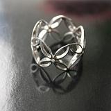 Серебряное кольцо с цирконием Pattern