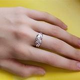 Серебряное кольцо с бриллиантами и рубинами Колосок
