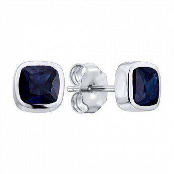 Серебряные серьги-пуссеты с завальцованными сапфирами 000103096