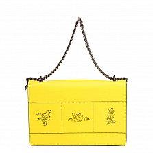 Кожаный клатч 8909 лимонного цвета с узорной перфорацией на клапане и ручкой-цепочкой