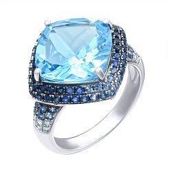 Золотое кольцо в комбинированном цвете с голубым топазом, сапфирами и бриллиантами 000139334