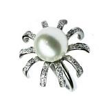 Золотое кольцо с жемчугом и бриллиантами Мириам