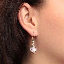 Серебряные серьги-подвески в форме шаров Блеск с нежно-малиновыми кристаллами Swarovski