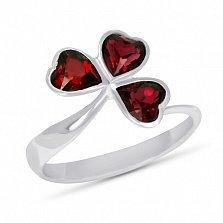 Кольцо из белого золота Удача с синтезированным рубином