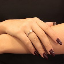 Серебряное кольцо Глэдис со Swarovski zirconia