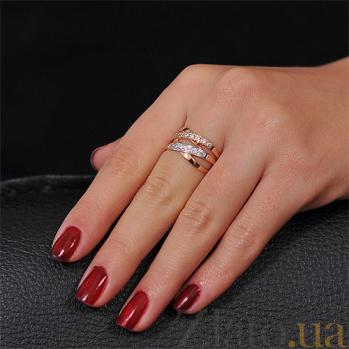 Золотое кольцо Золотые плетения с белыми фианитами EDM--КД020