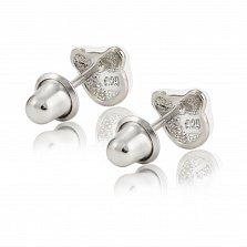 Детские серебряные серьги-пуссеты Котик с белой эмалью, 6х6мм