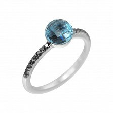 Золотое кольцо Кампала с синим топазом шахматной огранки и черными бриллиантами
