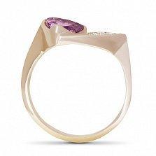 Золотое кольцо Аспид с завальцованным синтезированным аметистом и фианитами