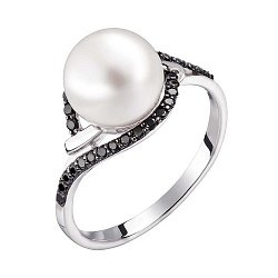 Кольцо в белом золоте Вилена с белым жемчугом и черными фианитами 000031757
