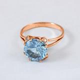 Золотое кольцо с топазом и фианитами Эсфира