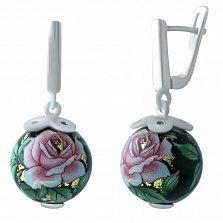 Серебряные серьги-подвески Чайная роза с цветной эмалью