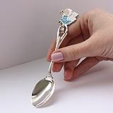 Серебряная чайная ложка Ангел в голубом и колокольчик