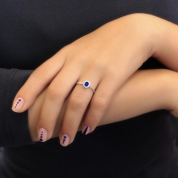 Кольцо из белого золота Светлое небо с сапфиром и бриллиантами 000082753