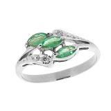 Серебряное кольцо с бриллиантами и изумрудами Марина