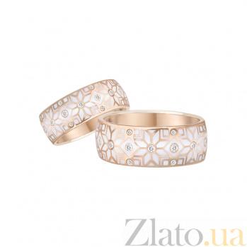 Золотое обручальное кольцо Стильный образ с белыми бриллиантами и эмалью 1К549-0032