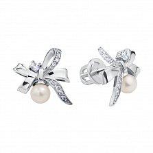 Серебряные серьги-пуссеты Праздничные бантики с жемчугом и фианитами