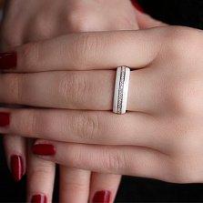 Кольцо из серебра и белой керамики Зеркальный блеск с фианитами