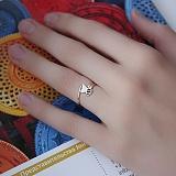 Золотое кольцо с эмалью Пчёлка
