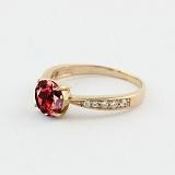 Золотое кольцо с гранатом и фианитами Беатриса