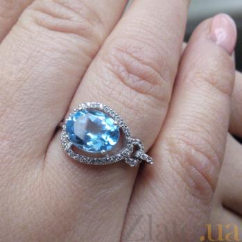 Кольцо в белом золоте Диана с  голубым топазом и фианитами SVA--1190470102/Топаз голубой