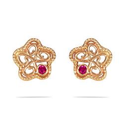 Золотые серьги-пуссеты Цветочки и ягодки с синтезированными рубинами 000089757