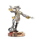Серебряная статуэтка с позолотой Мюнхаузен