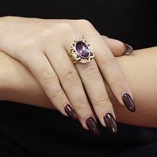 Золотой перстень Соломия с узорной шинкой, аметистом шахматной огранки и бриллиантами