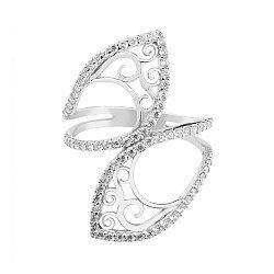 Серебряное кольцо Белоснежный акцент с ажурным узором и фианитами