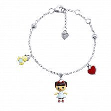 Серебряный браслет Лола с эмалью и подвесками девочкой, мишкой и сердцем,15х10 мм