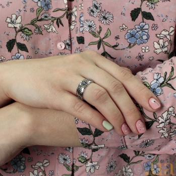 Серебряное обручальное кольцо с сапфирами Вышиванка OB2122
