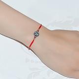 Шелковый браслет со вставкой Буква V