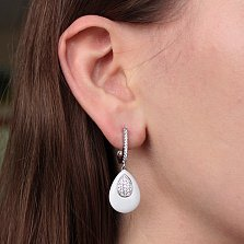 Серебряные серьги-подвески Миндаль с белой керамикой и фианитами