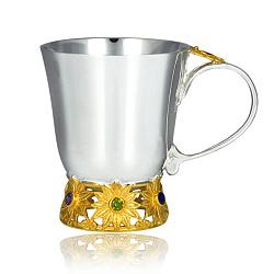 Серебряная чашка с разноцветными фианитами и позолотой 000003869