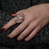 Серебряное кольцо Дыхание нежности с розовым кварцем и фианитами
