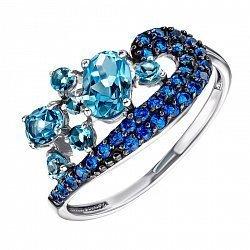 Кольцо в комбинированном цвете золота с голубыми топазами и синими фианитами 000137086